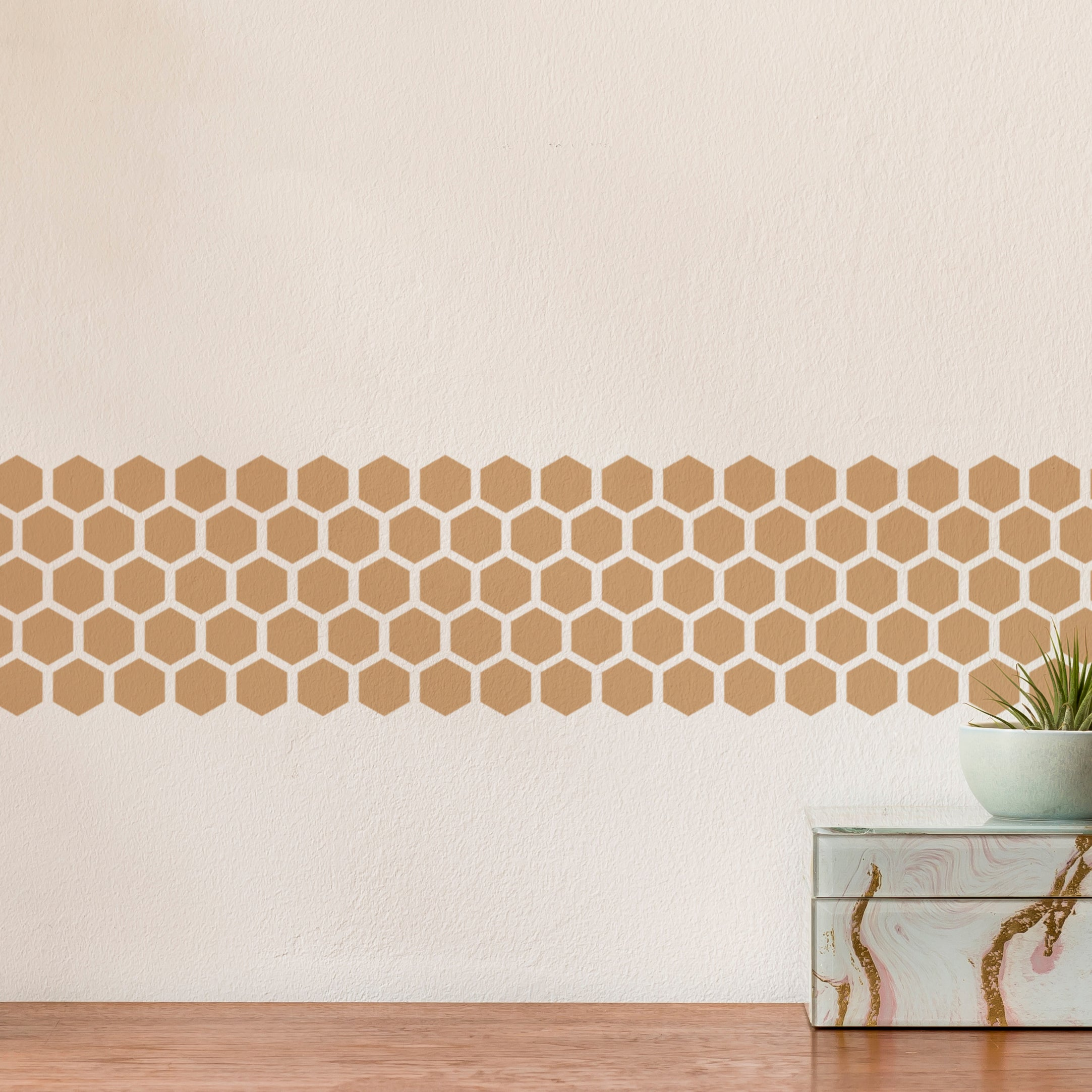 CraftStar Honeycomb Border Stencil