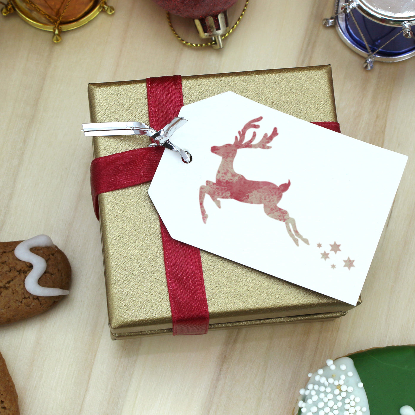 CraftStar Small Reindeer Stencil on Gift Tag