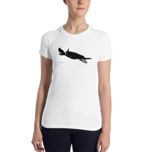 Load image into Gallery viewer, Women's Turtle T-Shirt