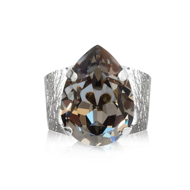 Rhodium plated Ring with swarovski crystals