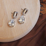 Lydia Earrings / Crystal
