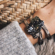Perfect Drop Bangle / Black Patina