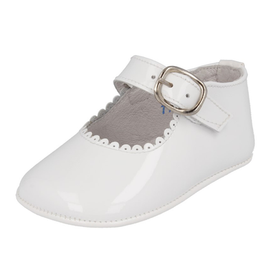 Andanines Girls White Leather Patent Pram Shoes 172901