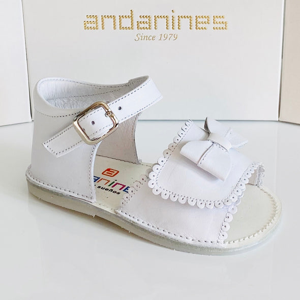 Andanines White Leather Baby Girls Sandals 191814