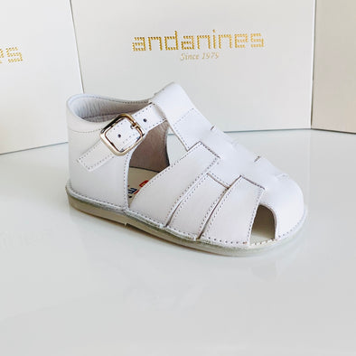 Andanines White Leather Baby Sandals 161028