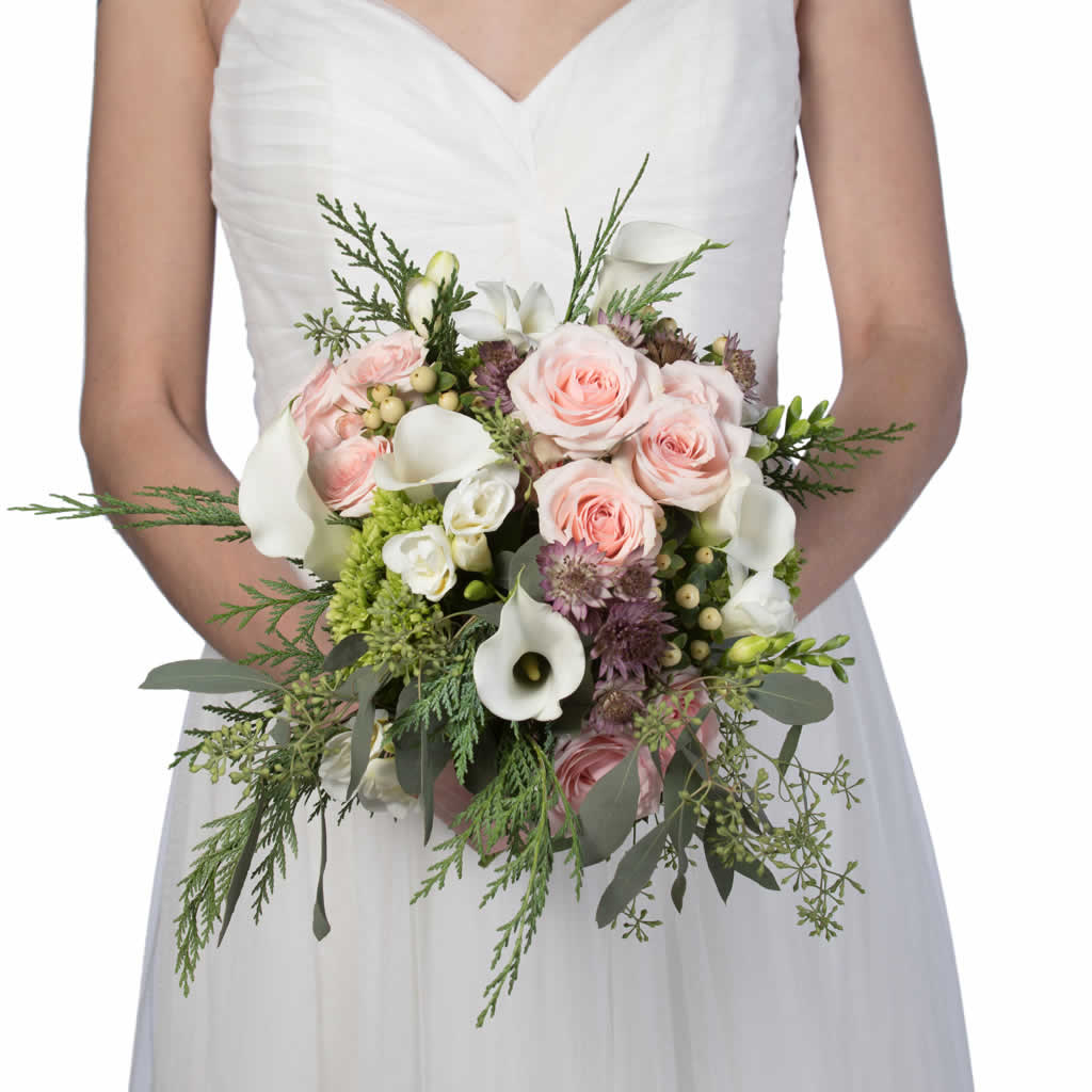 En Vogue Bridal Bouquet