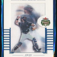 MIKE PIAZZA 2002 FLEER FOCUS JE MATERIALISTIC AWAY #3 NEW YORK METS