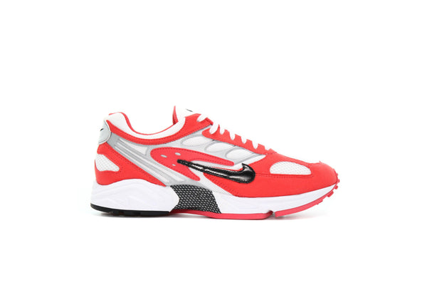 "Nike AIR GHOST RACER ""TRACK RED"""