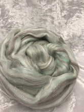 Sparkle roving grey/silver/mint green