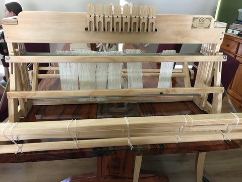 4 or 8 shaft table loom in various widths