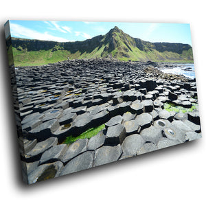 SC803 Framed Canvas Print Colourful Modern Scenic Wall Art - Green Giants Causeway Ireland