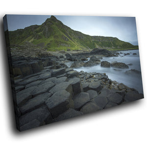 SC820 Framed Canvas Print Colourful Modern Scenic Wall Art - Green Giants Causeway Ireland