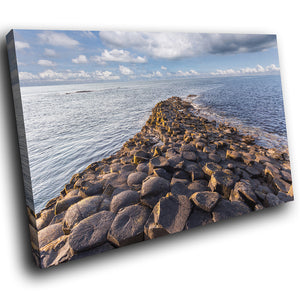 SC895 Framed Canvas Print Colourful Modern Scenic Wall Art - Blue Giants Causeway Ireland