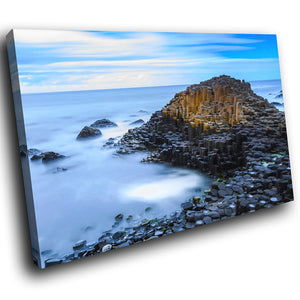 SC915 Framed Canvas Print Colourful Modern Scenic Wall Art - Giants Causeway Ireland Cool