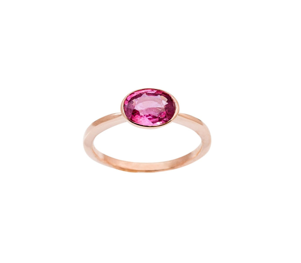 One of a kind pink oval sapphire 1.33 cts 14k rose gold bezel setting mounting. Size 6.75 This item can be resizeble