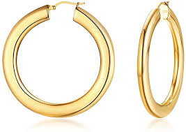 14k Italian gold  33 mm diameter  5.0 mm thickness  Easy to wear  Secure latch system
