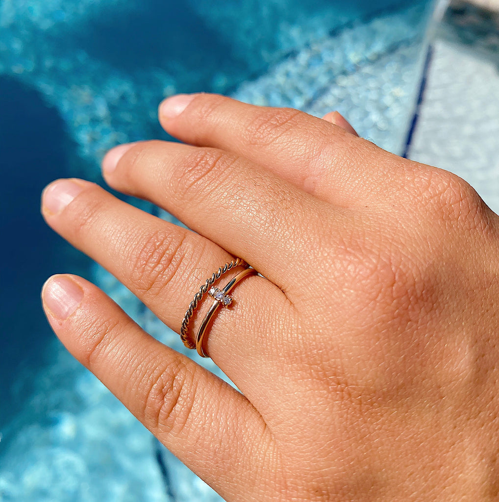 Stackable dainty diamond ring