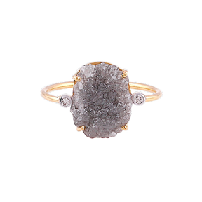 One organic diamond slice 4.31 cts two small round diamonds 0.10 cts Set in 18k yellow gold Size 6.50 (sizeable)