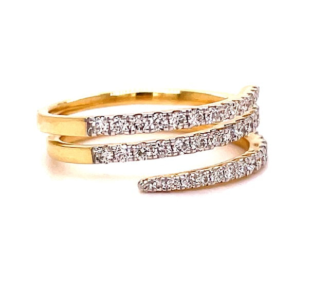 Round diamonds 0.51 cts  Set in 14k yellow gold mounting.  Size 6  Easy to stack  Spiral style