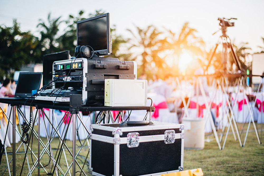 Speaker and mic rental for weddings and events