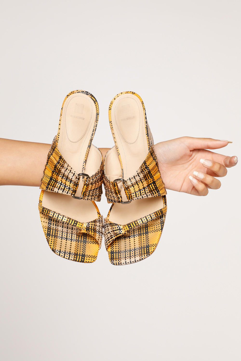Pleated Funky Toe Mules