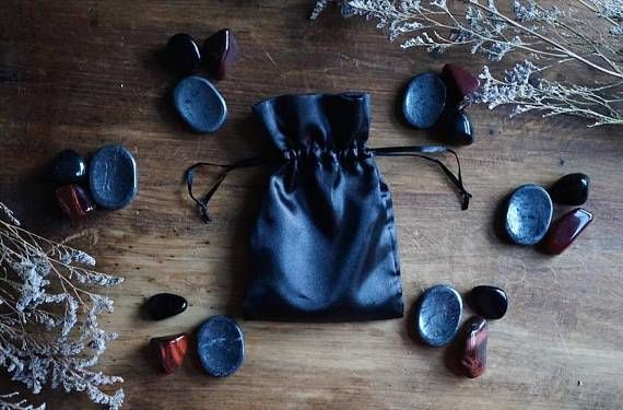Grounding Crystal Healing Pouch - Healing Crystals Home Decor