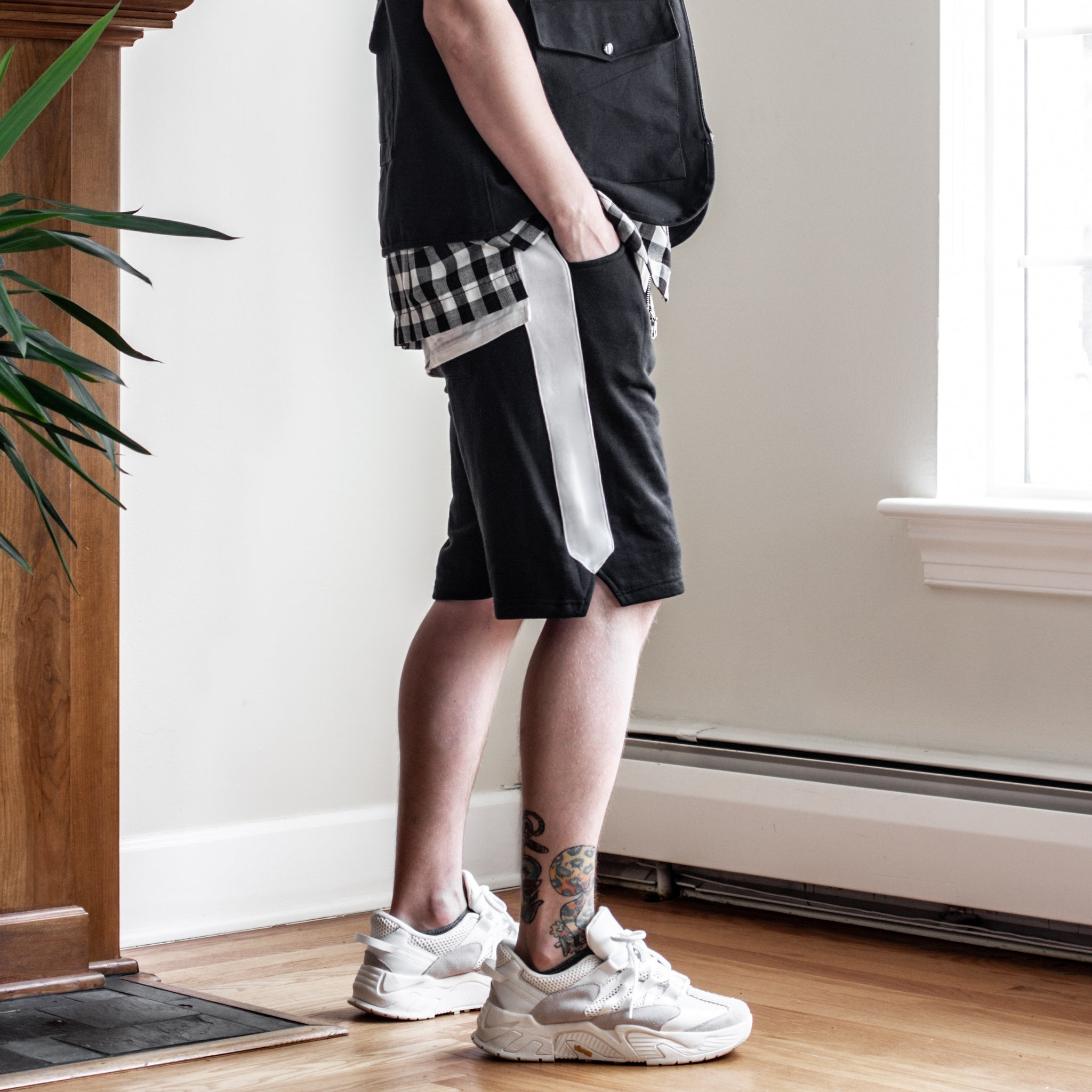 Track Shorts : Black/White