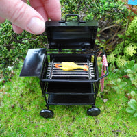 Miniature Barbecue with Lil' Chicken