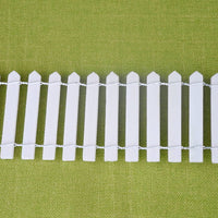White Wood Fence with Stakes, Large
