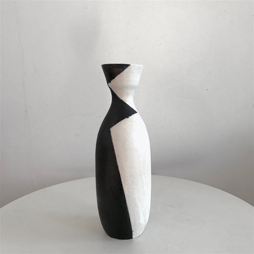 Bottle Vase | Shaker Shadow Series