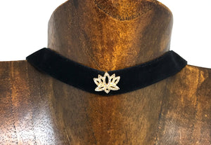 Velvet Choker with Lotus