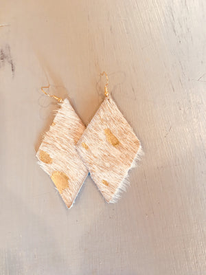 Diamond shape cowhide leather earrings
