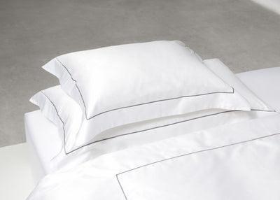 Sateen oxford embroidery pillowcase 50x90