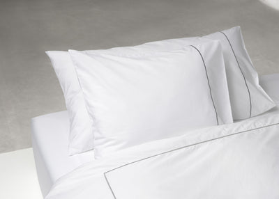 Percale signature embroidery pillowcase