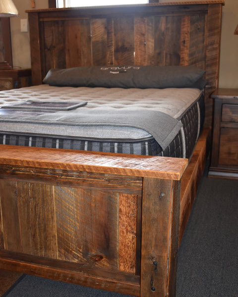 JD Queen Barnwood Bed