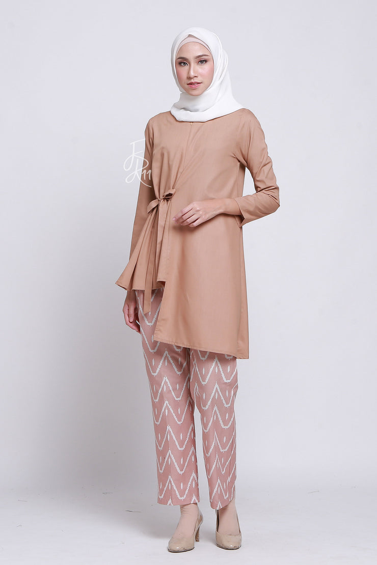 Wisteria Top Mocca