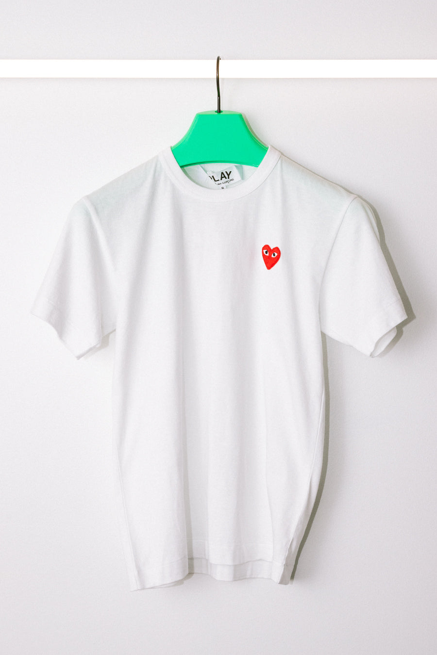 Comme des Garçons PLAY - White & Red Heart Patch T-Shirt