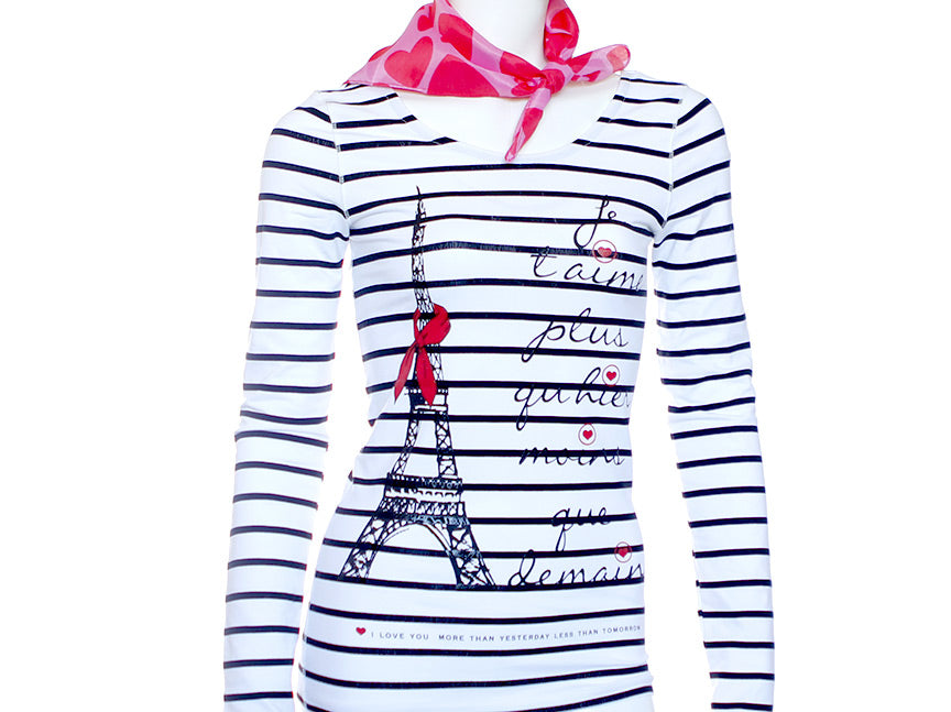 Text on t-shirt  - Paris - Je t'aime - White Black Stripes