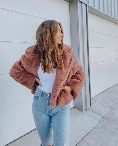 Cozy jacket outfit inspiration photo
