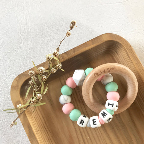 CREATE MINT AND ROSE Personalised Teething Ring