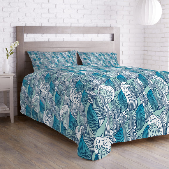 Breaking Waves Duvet
