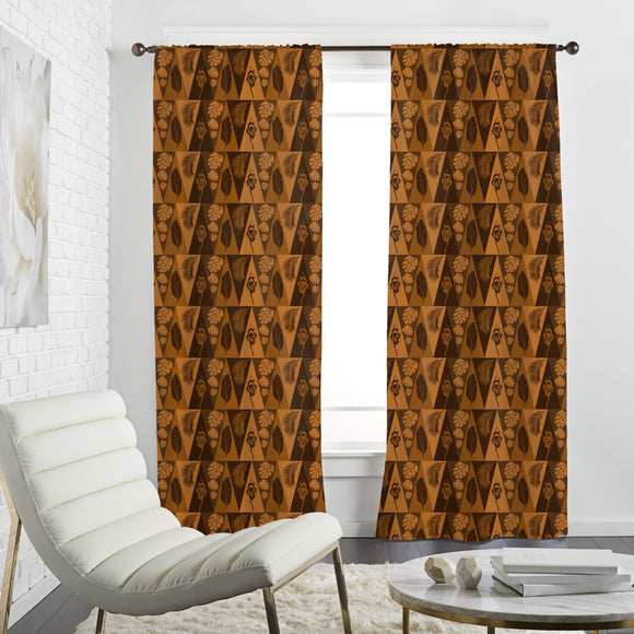 Triangles and tropical leafs Curtains