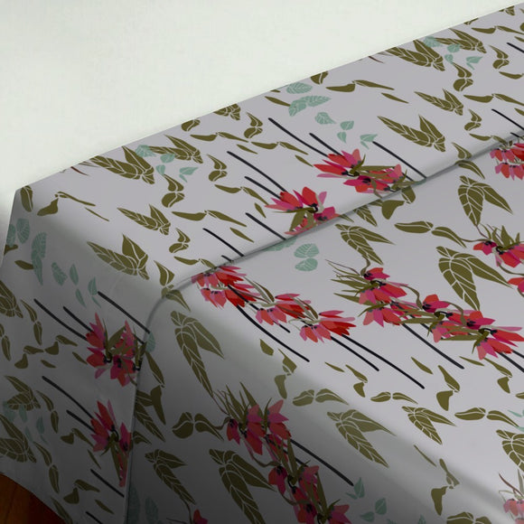 Lovely lilies flowers and leaves Flat Sheets