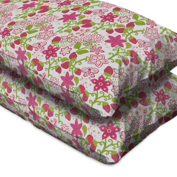 Strawberry Paradise Flat Sheets