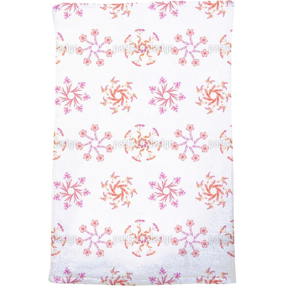 Wildflower Wreaths Bath Towel