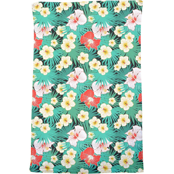 Tropical Bouquet Bath Towel