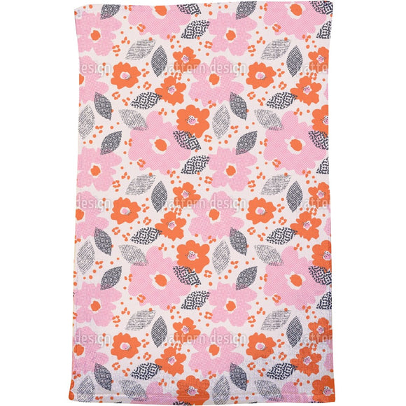 Technodot blossom Bath Towel
