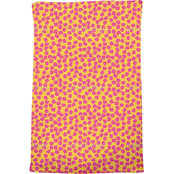 Plum Bloom Bath Towel