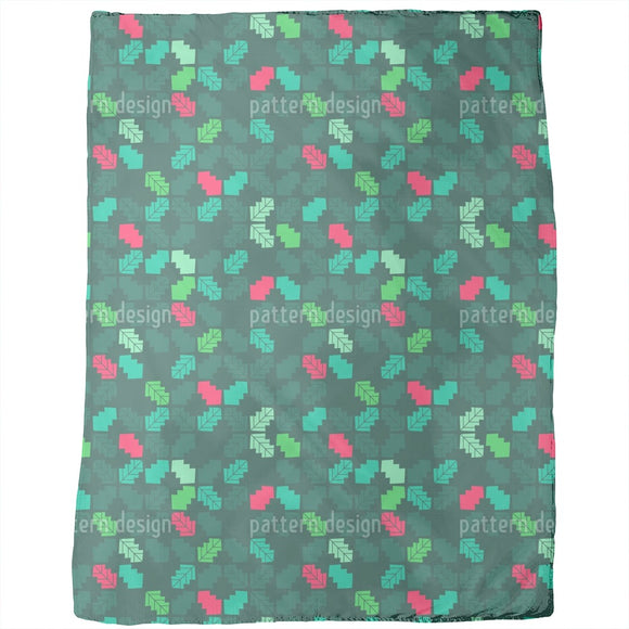Geometric holly leaves Blankets