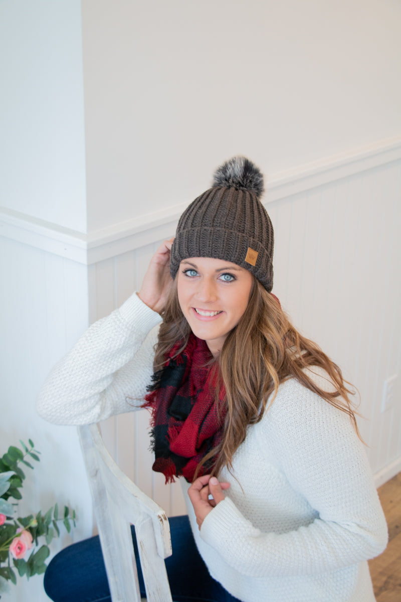 Fleece Lined Knit Hat - Gray